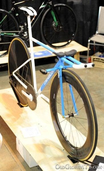 English Cycles custom time trial bike