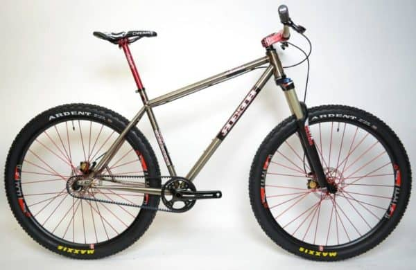 Reeb Cycles SFP
