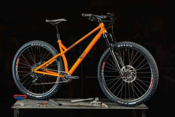 2016 Guerrilla Gravity Pedalhead in Safety Third Orange